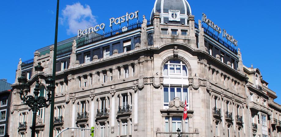 Banco Pastor, Vigo (slide)
