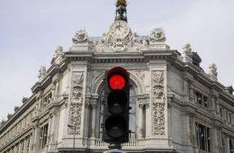 Banco-Espana-semaforo-rojo_TINIMA20120608_0251_3